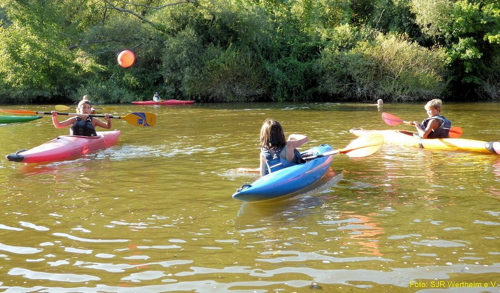 Das Sommerferienprogramm des Stadtjugendrings bietet rund 60 Aktivitäten für Kinder. Foto: Stadtjugendring
