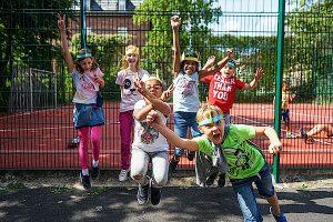 Die Ferienbetreuung der kommunalen Jugendarbeit bietet Schulkindern jede Menge Spiel, Spaß und Aktivitäten. Foto: Kommunale Jugendarbeit